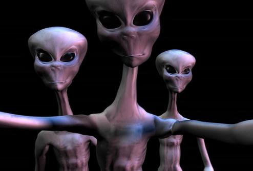 Шутка про НЛО спровоцировала панику в Англии