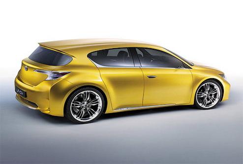 Серийная версия хэтчбека Lexus LF-Ch готова к премьере