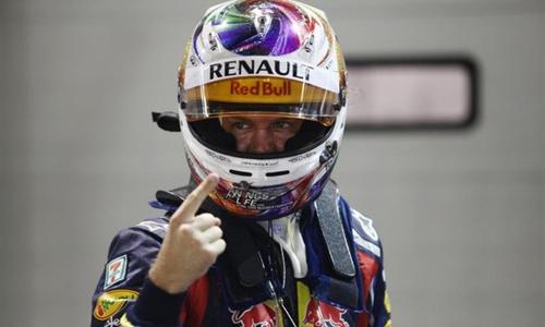 Себастьян Феттель завоевал поул-позицию на Гран-при Сингапура